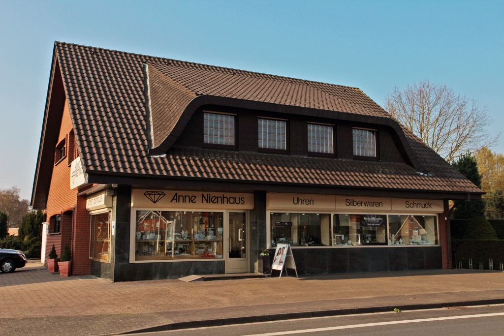 Geschäftslokal Juwelier Nienhaus in Oeding